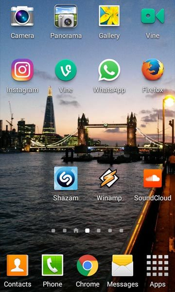 The new Instagram icon shown on my Android phone screen